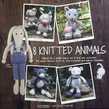 Go Handmade Books 8 knitted Animals and accessories