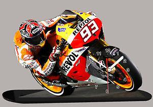 MINIATUR MODELL MOTORRAD in der Uhr, Marc MARQUEZ MOTO GP, HONDA REPSOL-01