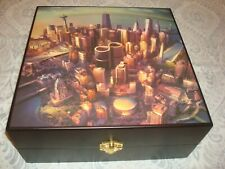 FOO FIGHTERS 'Sonic Highways' Limited Edition NEW Box SET: LP, CD, Puzzle & Flag