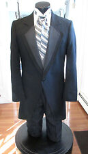 MENS VINTAGE VICTORIAN BLACK CUTAWAY TUXEDO VEST & ASCOT INCLUDED SIZE 44L