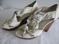New Saks Fifth Avenue Women's Dusty White Leather Knotted Sandals Wedges Sz 9.5