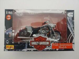 Maisto 1:18 Harley-Davidson FLHR Road King, Series 3, 95th Anniversary, In Box