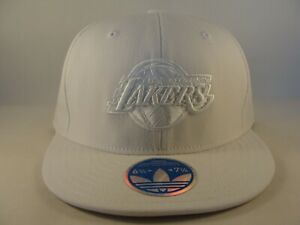 Los Angeles Lakers NBA Adidas Flex Hat Cap Size S/M White