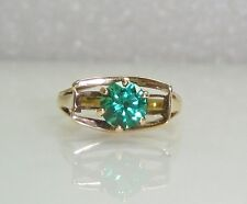 SOLITAIRE EMERALD RING IN RETRO DESIGN SET IN 14K YELLOW GOLD SIZE 5  NG16-P