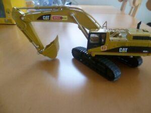 Baufahrzeug Caterpillar Sondermodell von Zeppelin-Rental