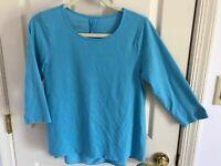 Woman's Talbots size medium petite blue back vented 3/4 sleeve cotton top