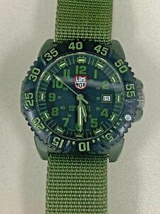 LUMINOX Watch Series 3040 Black/Green Dial Bezel 200M Parts Non Running #487