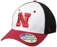 NEBRASKA CORNHUSKERS NCAA (ZEPHYR) FITTED STRETCH HAT CAP SZ S BLACK WHITE RED