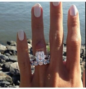 2.62 CT(9MM) Emerald Cut White Solitaire Diamond Studded Wedding Ring Set