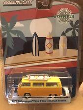 Greenlight Hobby Exclusive 1971 Volkswagen Type 2 Van  w/ surf boards