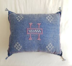 Blue & White Moroccan, Cactus Silk Rectangular Braided Tassel Kilim Cushion