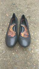 Born womwn shoes 11B