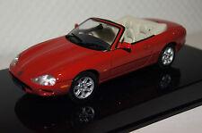 Jaguar XKR Cabrio rot RHD 1:43 AUTOart neu & OVP 53711