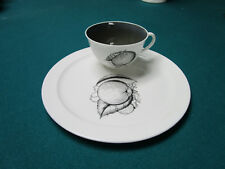 SUSIE COOPER ENGLAND BONE CHINA SNACK TRAY AND CUP [*78]