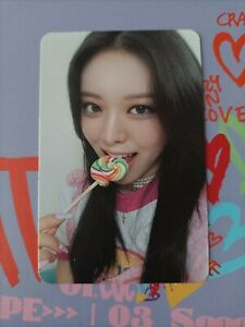 Itzy Yuna Official photocard Crazy in love kpop