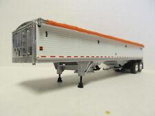 DCP 1/64 SCALE WILSON GRAIN TRAILER (HOPPER BOTTOM)  WHITE  WITH ORANGE TARP