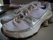 Nike Womens Size 9 (UK 6.5) EUR 40.5 Shox White Basketball Shoes 316874-101