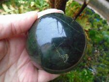 Large Dark serpentine jade sphere from Afghanistan, 541 grms 72 mm