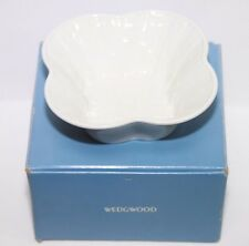 """Wedgwood 89106 1273 Embossed Classic Garden 6.0"""" Candy Dish MINT"""
