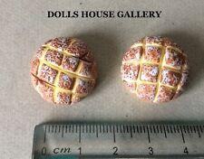 COPPIA di ROUND chilo, DOLLS HOUSE miniatura pane, 1.12 Scala Alimentare