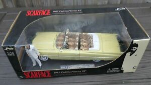 A Jada - Scarface - 1963 Cadillac Series 62 limited edition 1:18  die-cast model