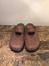 DUNHAM Women's Brown SZ: 9 Slip On Clogs Mules Slides Shoes