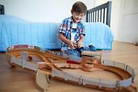 Mattel Disney Cars Rennbahn Autorennbahn Auto elektrisch Autobahn RC Geschenk