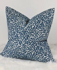 """John Lewis & Partners Yin Furnishing Fabric Cushion Cover Kingfisher  18"""" x18"""""""