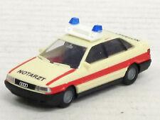 """Audi 80 alte Form in creme mit roten Streifen """"Notarzt"""", o.OVP, Rietze, 1:87"""