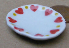1:12 Scale Single White Ceramic Plate With A Heart Motif Tumdee Dolls House H14