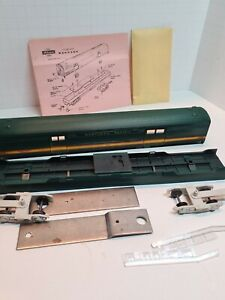 HO SCALE - ATHEARN - NORTHERN PACIFIC SL FULL BAGGAGE CAR KIT - ITEM# 1786