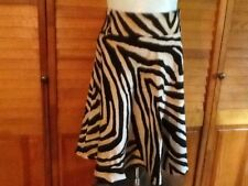 New Zara Women100% Rayon zebra print side pockets skirt SZ 8