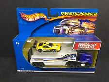 Toyota Celica with Pace Car Hauler 2001 Hot Wheels Pavement Pounders