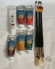 Set Of 3 Winton Brushes And 6 Artist's Oil Paints