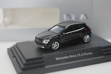 Herpa Mercedes GLA - Klasse (X156), schwarz metallic - dealer PC - 0261 - 1:87