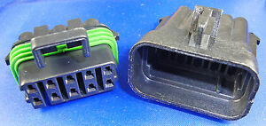 1 x Set of Male & Female 10-Way Sealed Connectors & Terminals - 14A per Terminal