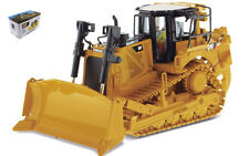 Cat D8T Track Type Tractor 1:50 Model DIECAST MASTERS
