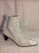 Chellis White Ankle Leather Boots Size 39
