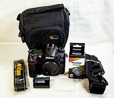 Nikon D D7000 16.2 MP Digital SLR Camera - Black Low Shutter Count
