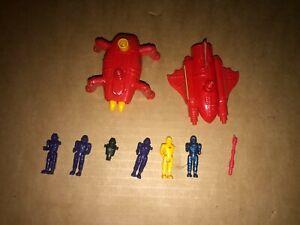 MANTA FORCE - THE SPIT BUG + RED VENOM SHIP + FIGURES - BLUEBIRD (1989)