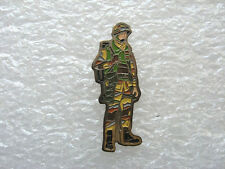 PIN'S MILITAIRE SOLDAT ARMÉE ARMY PIN PINS T4