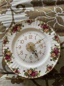 Royal Albert Old Country Roses Clock