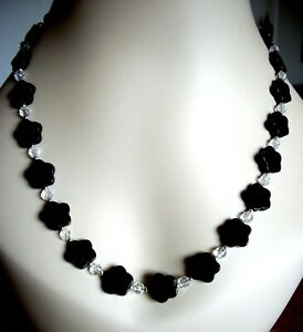 NATURAL BLACK ONYX & ROCK CRYSTAL FLOWER NECKLACE W' FEATURE SILVER PARROT CLASP