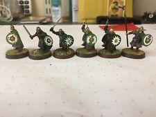 LOTR Rohan X 1 guerreros de lanza espada 3 X, 2 X HACHA bien pintados & basado