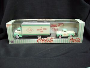 M2 Machines Auto Haulers Coca Cola 1956 Ford COE & 1956 Ford F-100 Truck Ltd.
