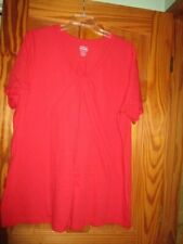 WOMEN'S PLUS SIZE RED V NECK TOP         SIZE 2X