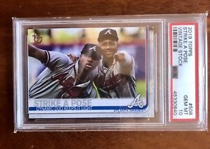 2019 Topps RONALD ACUNA JR & OZZIE ALBIES VINTAGE STOCK /99 Strike a Pose #508