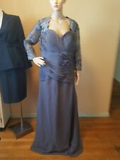 Wedding dress unknown maker gray color bust 44 waist 38 sheer embroidery sleeves