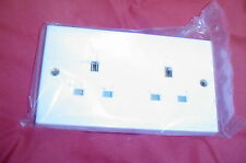 DOUBLE  NONE SWITCHED  SOCKET 13amp WHITE  (QUALITY VOLEX)