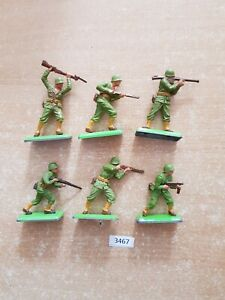 Britains Deetail WW2 American Infantry 6 figures (lot 3467)